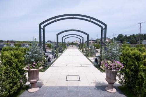行田市初のデザイナーズ霊園。