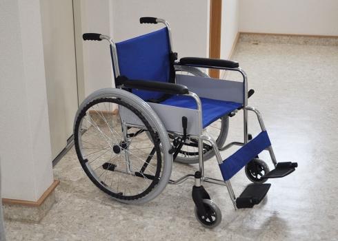 車椅子の方でも安心して墓参いただけます