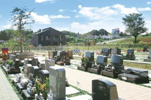 豊かな緑に囲まれたエコスタイル霊園