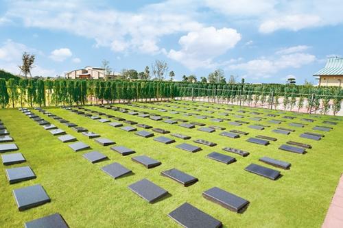 公園プレート葬