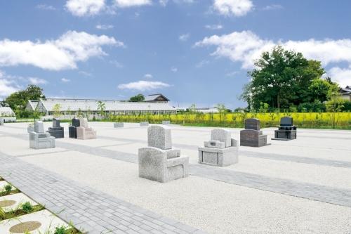 久喜清久霊園は、緑とやすらぎに包まれた霊園です