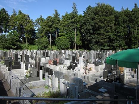 日当たりの良い墓苑です