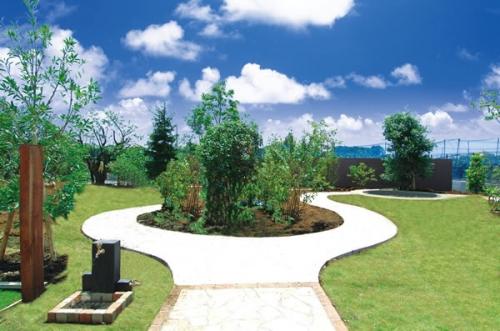 緑豊かな自然環境と利便性とを兼ね備えたロケーションが人気。