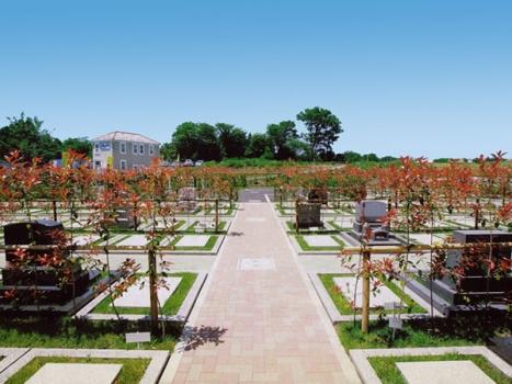 緑豊かな霊園