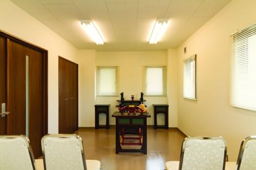 管理棟の2階では法要を執り行うことが可能です。