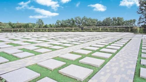 墓域は全てバリアフリー設計で安心です。