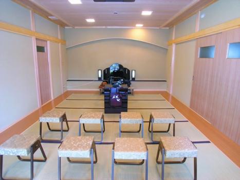 第一期管理棟礼拝室。