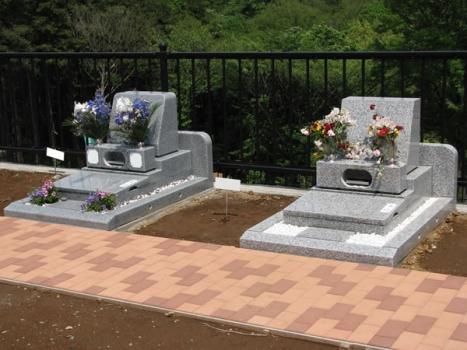 墓石は自由設計もOKです。
