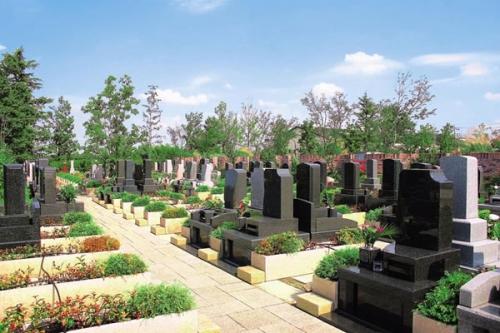川越フォーシーズンメモリアルは本格的な欧風霊園です。