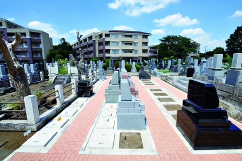 通路を広くとった墓域