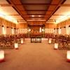 """挙式前に行う""""手水の儀""""をはじめ、日本に古くから伝わる儀式を大切にしたスタイル。日本の花嫁の象徴である和装に身をつつみ、厳かに執り行われる挙式は、一生忘れられない思い出に…"""