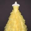 ティアードフリルがとびきりキュートなプリンセスドレスです。